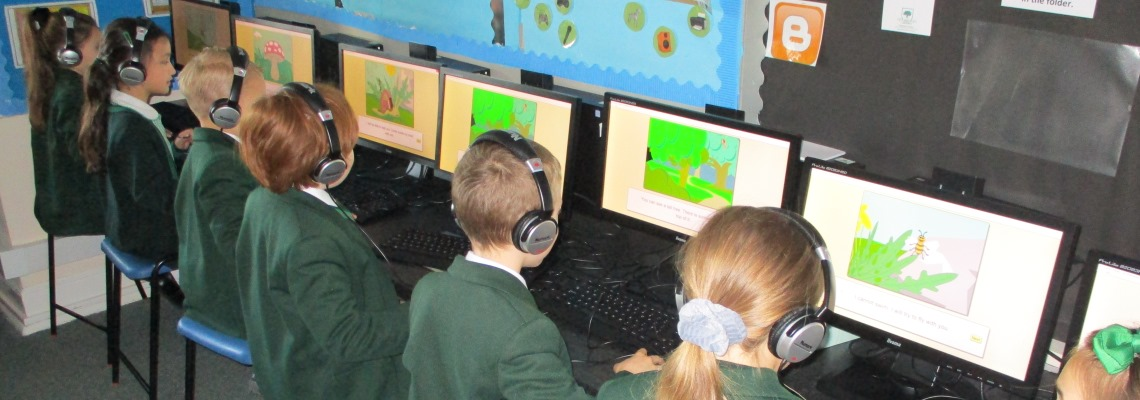 Computing lessons at Oaklands